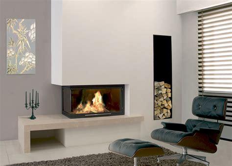 cheminee bois moderne multifonctionnelle design de maison