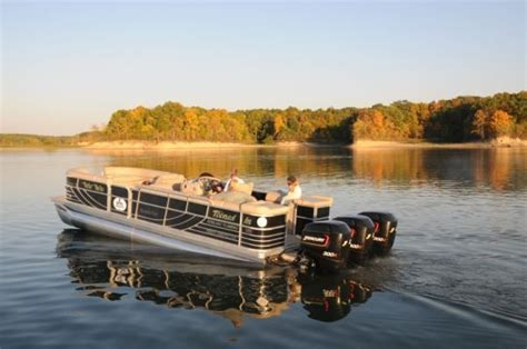Best Pontoon Boats Under 25 Feet by Fastest Pontoon Boat In The World 114mph