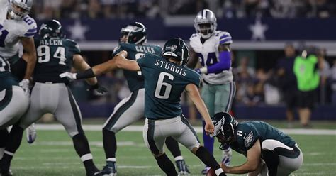 Los Angeles Chargers Signing Former Eagles Kicker Caleb