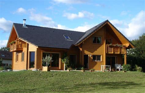 la maison en rondins de bois infos sur la maison en bois massif empil 233 bricobistro