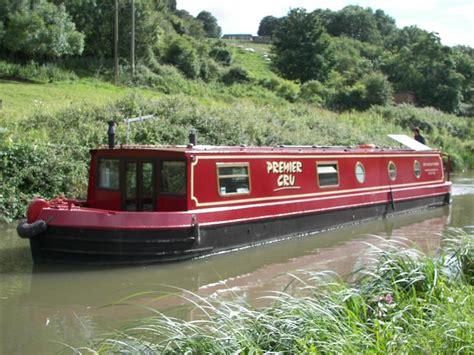 Holiday On A Boat Uk by Bath Canal Boat Company Canal Boat Holidays Narrowboat