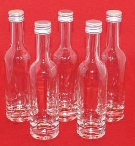 Leere Flaschen Für Likör : die besten 25 schnapsflaschen ideen auf pinterest leere schnapsflaschen schnapsflasche ~ Markanthonyermac.com Haus und Dekorationen