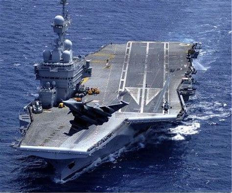 porte avions charles de gaulle r91 la royale navy pint