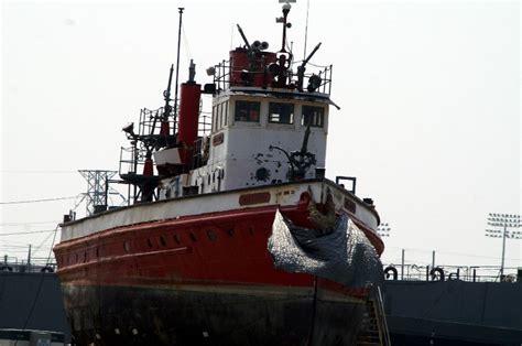 Fdny Fireboat John J Harvey by New York Fdny Boats 2