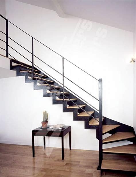 photo dt31 escadroit 174 1 4 tournant bas escalier dint 233 rieur design en m 233 tal et bois pour une