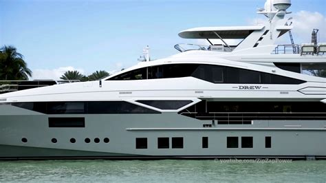 Yacht Youtube by Yachts Passing Yachts Miami Beach Youtube