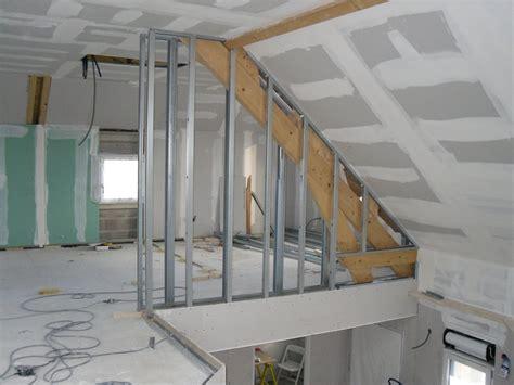 pose placo plafond sur rail gallery of comment poser un faux plafond placo bricobistro with