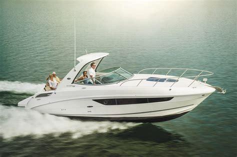 Wellcraft Boats Vs Sea Ray by New Boat Brochures 2017 Sea Ray Sundancer 310