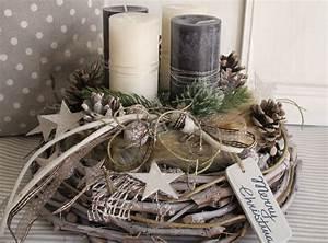 Adventskranz Edelstahl Dekorieren : adventskranz merry christmas xmas diy decoration and wreaths ~ Markanthonyermac.com Haus und Dekorationen