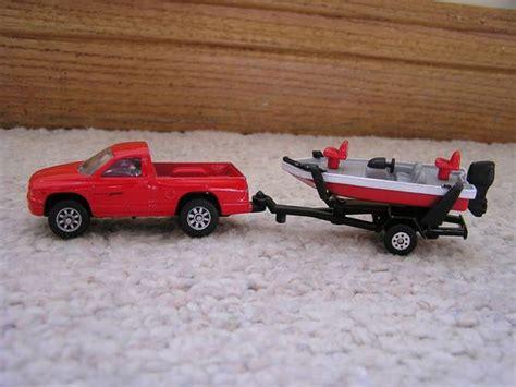 Toy Fishing Boat And Trailer by Maisto Dodge Dakota Pickup Truck With Trailer Fishing