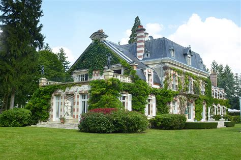 Country House : English Manor Vs French Estate