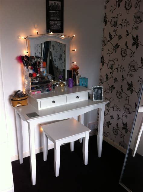 best bedroom vanity with lights photos rugoingmyway us