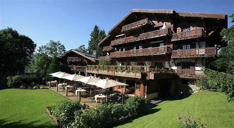 luxuri 246 ses spa hotel in den franz 246 sischen alpen le chalet du mont d arbois
