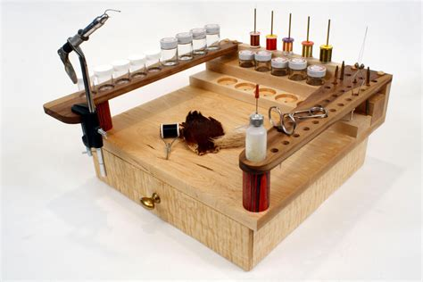 fly tying bench with drawer