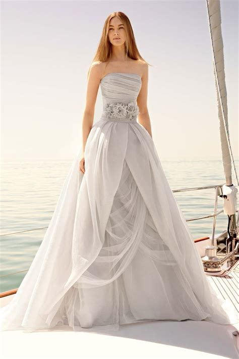 12 Stunning Designer Wedding Dresses  Bestbride101. Princess Wedding Dresses Sale. Ivory Wedding Dresses For A Second Marriage. Chiffon Wedding Gowns Uk. Beautiful Wedding Gowns In The Philippines. What A Beautiful Life Wedding Dresses Reviews. Wedding Dresses With Trumpet Skirt. Cheap Wedding Dresses New York. Copper Colored Wedding Dresses