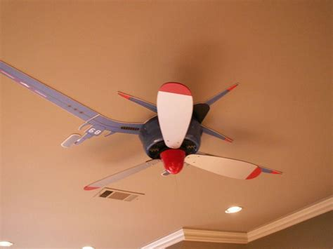 airplane ceiling fan with and white propeller sayleng