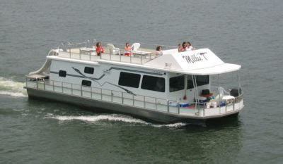 Pontoon Boat Rental At Lake Anna by Smith Mountain Lake Houseboat Rentals At Parrot Cove Boat