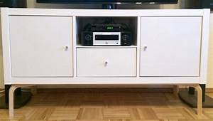 Ikea Kallax Tv Bank : 16 diy ikea tv stands and units with hacks shelterness ~ Markanthonyermac.com Haus und Dekorationen
