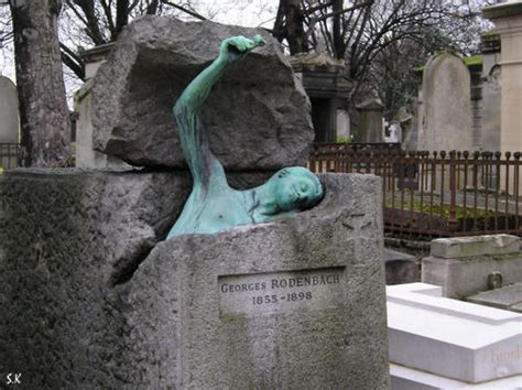 le pere lachaise tombstones graveyards cemetery and cemetery