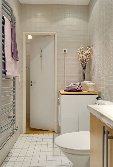 Modern Minimalist Apartment Bathroom Interior Design With