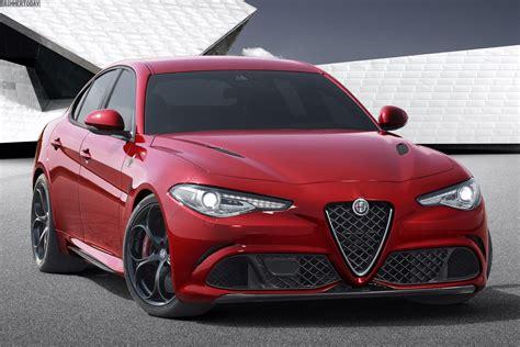 Alfa Romeo Giulia Quadrifoglio Verde vs BMW M3 Photo