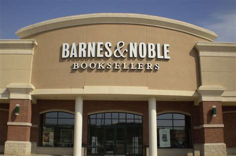 barnes and noble salary barnes noble s slipping sales pymnts