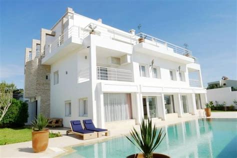magnificent villa with modern luxury exceptional 6608391