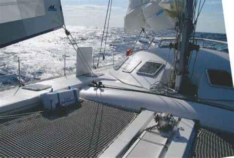 Catamaran Keel Vs Daggerboard by Appendages Catamarans Guide Boat Plans