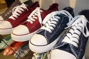 90er Mode Typisch : typisch f r die 90er mode so gelingt das outfit stilecht ~ Markanthonyermac.com Haus und Dekorationen