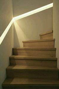 Handlauf In Wand : handlauf beleuchtet diele flur treppe pinterest handlauf treppe und diele ~ Markanthonyermac.com Haus und Dekorationen