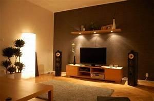 Wohnzimmer Gestalten Grau : w nde wohnzimmer gestalten ~ Markanthonyermac.com Haus und Dekorationen