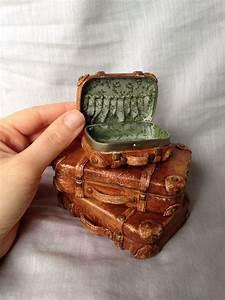 Altoid tin suitcase: Repurposed Altoid box covered in ...