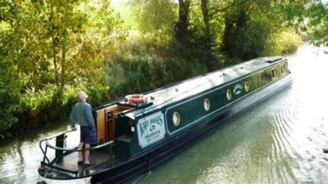 Holiday On A Boat Uk by Canal Boat Holidays Canal Boat Hire Narrowboat Hire