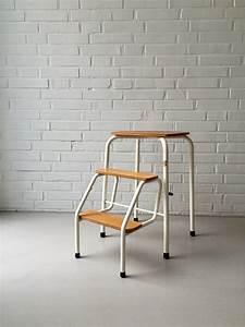 Garten Hocker Klappbar : vintage step ladder step stool 50s 60s folding bauhaus household moovi vintage pinterest ~ Markanthonyermac.com Haus und Dekorationen