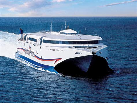 Catamaran Ferry Normandie by Brittany Ferries Menaces Sur L Emploi Au Havre Et 224