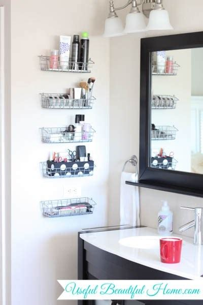 18 Alluring Ways To Organize A Bathroom Without Drawers