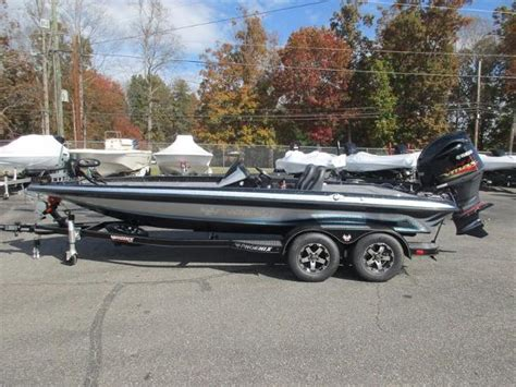 Phoenix Boats For Sale In Missouri by Phoenix Boats For Sale In United States Boats