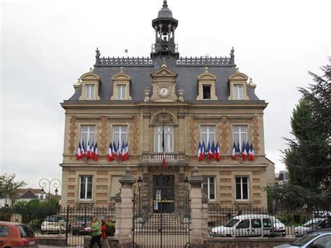maisons laffitte des kits 233 nergie solidaire pour foyers modestes le parisien