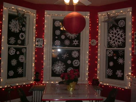 Cozy Window Decoration Inspirations For The Festive Eve Couch Table Ikea Dj Tables Glass Cover Chiropractic Traction Ping Pong 60 Console Picnic With Umbrella 8ft Dining