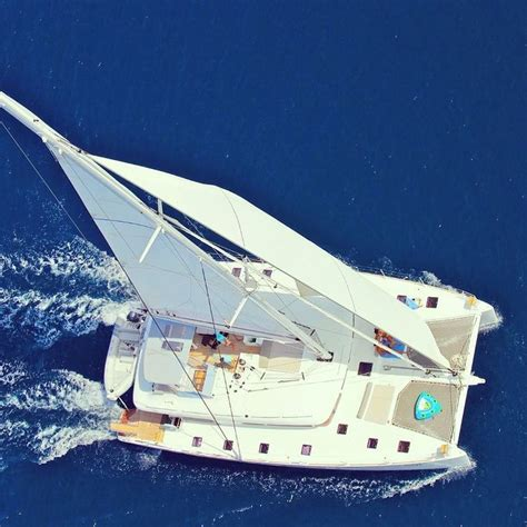 Catamaran Sailing Gifts by 585 Best Luxury Yachts Cruisers Images On Pinterest