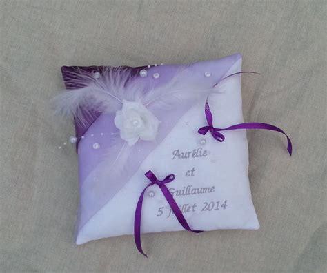 coussin porte alliance mariage blanc parme violet brod 233 224 vos pr 233 noms personnalis 233 autres