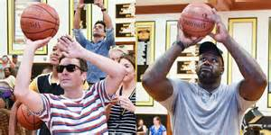 Jimmy Fallon & Shaquille O'Neal Play Basketball with Kids ...