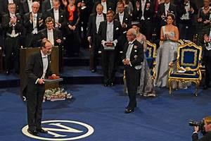 Queen Silvia Photos Photos - Nobel Peace Prize Ceremony ...
