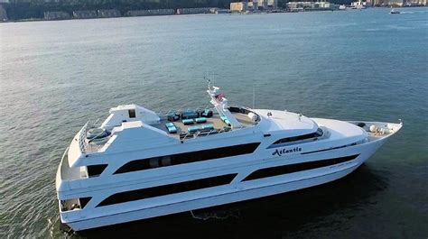 Boats For Sale In Long Beach Island Nj by New York Luxury Private Yacht Charters Hudson River