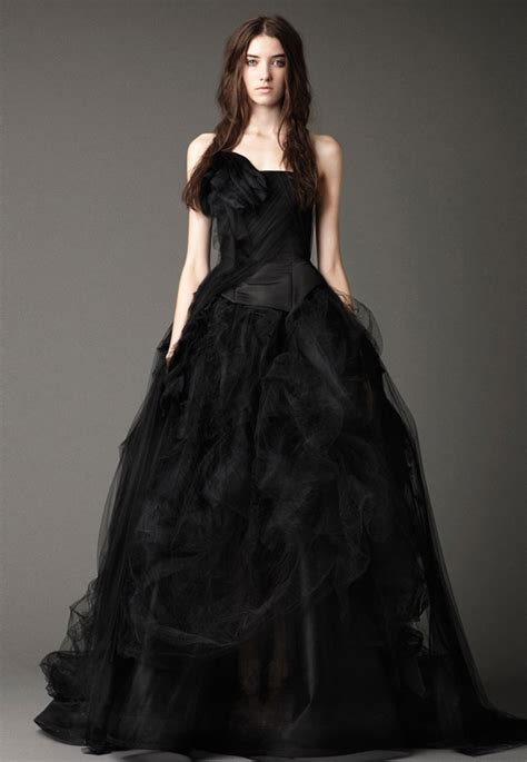 25 Gorgeous Black Wedding Dresses  Deer Pearl Flowers. Wedding Dress Style V9665. Black Wedding Dresses Lace. Beach Wedding Dresses For 50 Year Old. Wedding Dresses Blue And Brown. Tea Length Wedding Dresses Made In Usa. Cream Gold Wedding Dresses. Backless Wedding Dress With Bow On Back. Ivory Wedding Dress Champagne Shoes