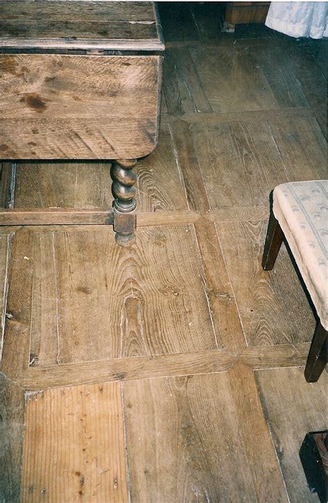 parquet ancien en ch 202 ne 192 panneaux antiquaire d 233 corateur du b 226 timent jean 31 toulouse