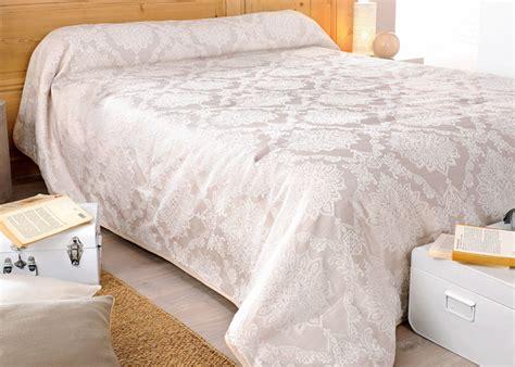 couvre lit jet 233 de lit san marco pour lit de 90 140 160 180 ou 200 cm