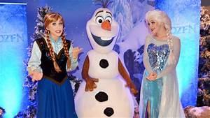 FROZEN Anna & Elsa w/Olaf Meet at Disney Cruise Line Event ...