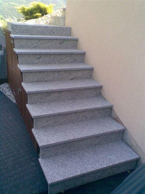 pose d un rev 234 tement en granit sur un escalier ext 233 rieur revey s 224 rl r 233 novation g 233 n 233 rale