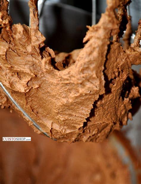 comment faire une ganache mont 233 e au chocolat